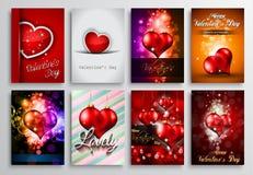 Uppsättningen av valentinreklambladdesignen, inbjudan Cards mallar