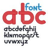 Uppsättningen av vektorn rundade små skraj alfabetbokstäver som isolerades med parallella linjer, kan användas för logoskapelse i stock illustrationer