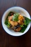Uppståndelse Fried Fish thai matar arkivfoto