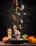 Uppståndelse stekt rapphöna med svartpeppar Fotografering för Bildbyråer