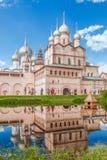 Uppståndelsekyrka av den Rostov Kreml Rostov Veliky Ryssland fotografering för bildbyråer