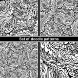 Uppsättning av den hand drog klottermodellen i vektor Zentangle bakgrund abstrakt seamless textur Etnisk klotterdesign med hennao Arkivbild
