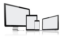 Uppsättning av den moderna datorbildskärmen, bärbara datorn, minnestavlaPC:n och mobiltelefonen Royaltyfri Fotografi
