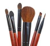 Uppsättning av makeupborstar som isoleras på vit Fotografering för Bildbyråer
