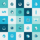 Uppsättning av plana designsymboler för vatten och natur Arkivbild