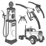 Uppsättning av retro bensinstationbil- och designbeståndsdelar för emblem, logo, etiketter Royaltyfria Bilder