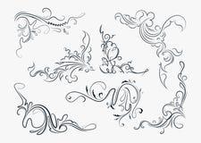 Uppsättning av sju stilfulla dekorativa beståndsdelar - tappning tränga någon för y Royaltyfri Foto