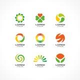 Uppsättning av symbolsdesignbeståndsdelar Abstrakta logoidéer för affärsföretag Eco sjukvård, SPA, skönhetsmedel och läkarundersö Arkivbild
