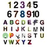 Uppsättningen av det färgrika moderna dekorativa alfabetet för den konstnärliga vektorn märker och nummer Royaltyfri Bild