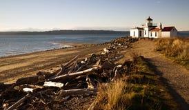Upptäckten parkerar den West Point fyren Puget Sound Seattle royaltyfri bild