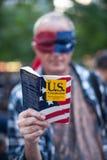 Uppta Wall Streetpersonen som protesterar Royaltyfria Bilder