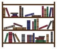 Upptagen bokhylla med böcker Royaltyfri Bild