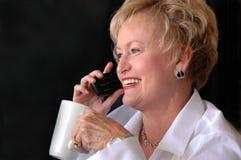upptagen hög kvinna för affär royaltyfria bilder