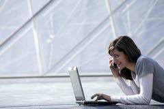 upptagen kvinna Arkivbilder