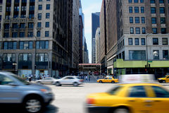 upptagen stad Arkivfoto