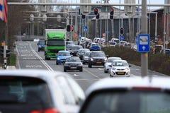 Upptagen trafik Arkivfoto