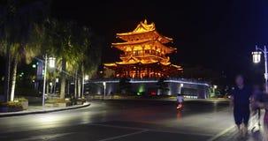 Upptaget centrum i Guilin, Kina på natttimelapsevideoen lager videofilmer