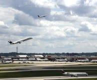 Upptagna Atlanta Hartsfield Jackson Airport Fotografering för Bildbyråer