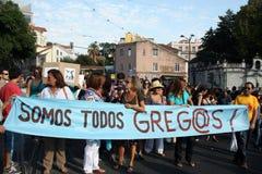 upptar global lisbon mass för 15 oktober protester Arkivbilder