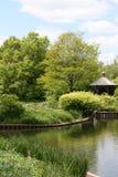uprawia ogródek gazebo jezioro Fotografia Stock