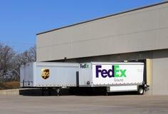 UPS contra Fedex Fotografía de archivo libre de regalías