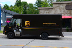 Free UPS Delivery Truck Royalty Free Stock Image - 43495846
