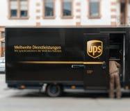 UPS van delivery小包德国 库存图片