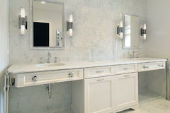 Upscale master bath with white cabinetry Royalty Free Stock Photos