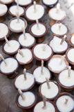 κεριά Νεπάλ που προσφέρο&upsil Στοκ εικόνα με δικαίωμα ελεύθερης χρήσης