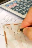 οι λογαριασμοί πληρώνο&upsilo Στοκ εικόνες με δικαίωμα ελεύθερης χρήσης
