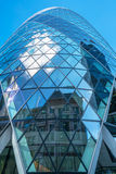 Upward view of Gherkin (30 St Mary Axe) Royalty Free Stock Images