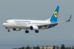 UR-PSD Ukraine International Airlines, Boeing 737-8HX Images stock
