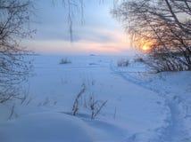 ural χειμώνας ηλιοβασιλέματος βουνών s βραδιού Στοκ φωτογραφίες με δικαίωμα ελεύθερης χρήσης