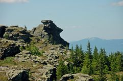 Ural berg i sommartiden royaltyfri bild