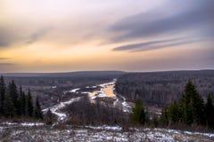Ural flod på solnedgången Arkivbild
