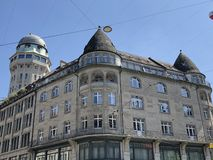 Urania Sternwarte - Panoramabar, waarnemingscentrumtoren en astronomie - Zürich stock foto's