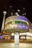 Urania-Weltzeituhr (de Klok van de Wereld), Berlijn, Duitsland Royalty-vrije Stock Fotografie