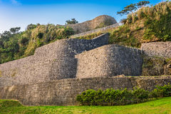 Urasoe城堡废墟 免版税图库摄影