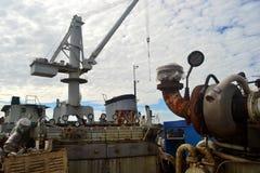 Żuraw w stoczni Obraz Royalty Free