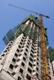 Żurawia i budynku budowa zdjęcie royalty free