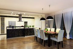 Free Urban Apartment - Kitchen And Living Room Royalty Free Stock Image - 33051406