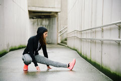 Urban fitness winter workout and exercising Royalty Free Stock Images