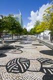 Urban parkerar område av Parque das Nacoes, Lissabon, Portugal Royaltyfri Bild