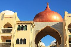 urbanisation de style de l'Arabes sur la côte de Santa Pola photo libre de droits