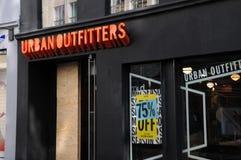 Urbanoutfitters butikskedja i Köpenhamnen Danmark 75% av Arkivfoto