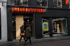 Urbanoutfitters butikskedja i Köpenhamnen Danmark 75% av Arkivbilder