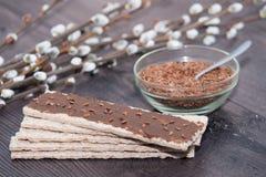 Urbech de las semillas de lino - dieta cruda del vegano Goma de Dagestani Superfood, bocado sano Imagen de archivo