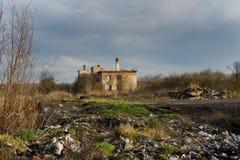 Urbex övergiven fabrik, Stihnov, Tjeckien Arkivfoto