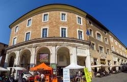 Urbino - gammal stad för arkitektur Arkivbilder