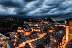 Urbino Italien, nattsikt Arkivfoto